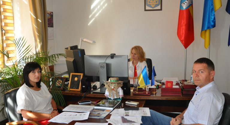 Велике будівництво: про реалізацію ініціативи Президента України говорили під час селекторної наради